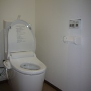 トイレA6